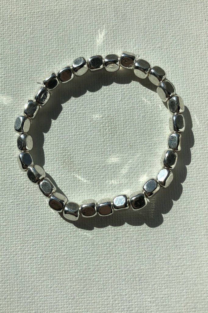 Stretch Silver Oval Bead Bracelet - Large