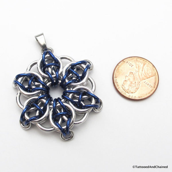 Blue chainmaille pendant, Celtic star - Tattooed and Chained Chainmaille  - 5