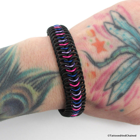 Bi pride chainmaille stretchy bracelet, European 6 in 1 weave - Tattooed and Chained Chainmaille  - 1