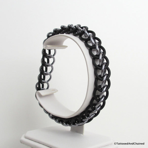 Half Persian 3 in 1 chainmaille stretchy bracelet, gray and black - Tattooed and Chained Chainmaille  - 6