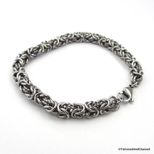 Stainless steel chainmaille bracelet, Byzantine weave with twisted links - Tattooed and Chained Chainmaille  - 2