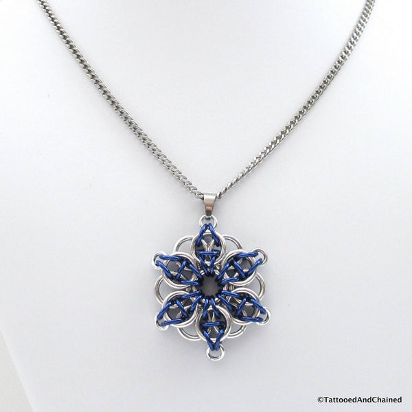Blue chainmaille pendant, Celtic star - Tattooed and Chained Chainmaille  - 4
