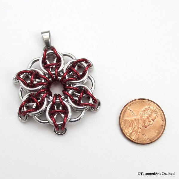 Red chainmaille pendant, Celtic star - Tattooed and Chained Chainmaille  - 5