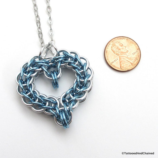 Turquoise chainmaille heart pendant - Tattooed and Chained Chainmaille  - 4