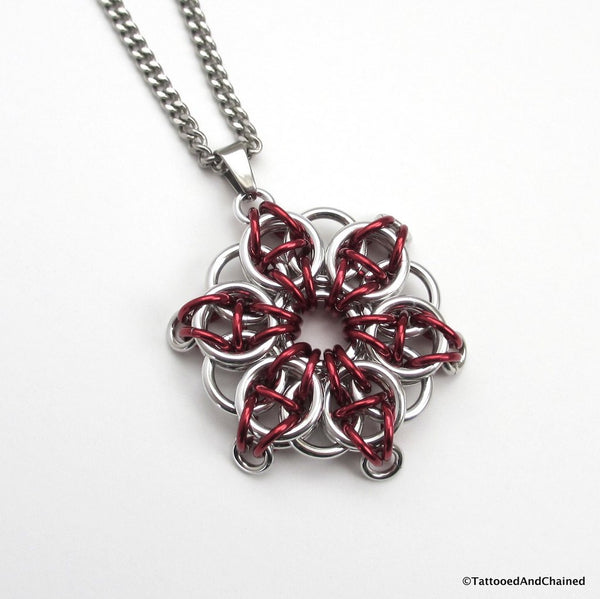 Red chainmaille pendant, Celtic star - Tattooed and Chained Chainmaille  - 1