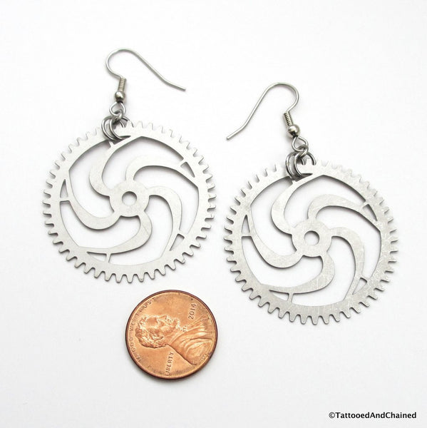 Large steampunk gear earrings, 5 spoke spiraled gear - Tattooed and Chained Chainmaille  - 2