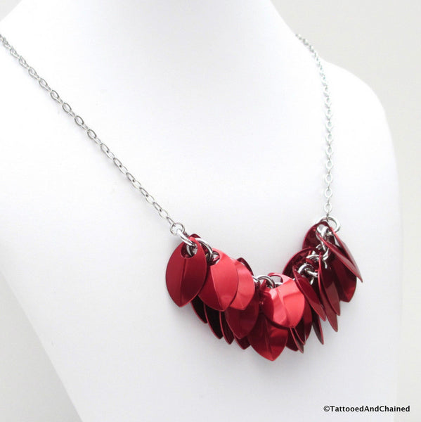 Red chainmaille scales necklace - Tattooed and Chained Chainmaille  - 3