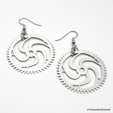 Large steampunk gear earrings, 5 spoke spiraled gear - Tattooed and Chained Chainmaille  - 1