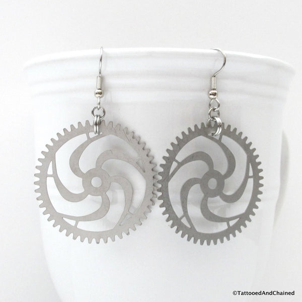 Large steampunk gear earrings, 5 spoke spiraled gear - Tattooed and Chained Chainmaille  - 3