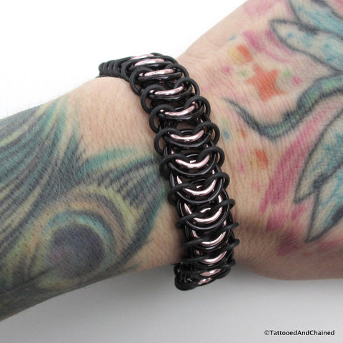 Chainmaille stretchy bracelet, vertebrae weave, pale pink and black - Tattooed and Chained Chainmaille  - 1