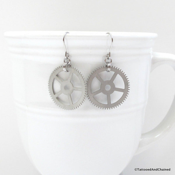 Steampunk gear earrings - Tattooed and Chained Chainmaille  - 3