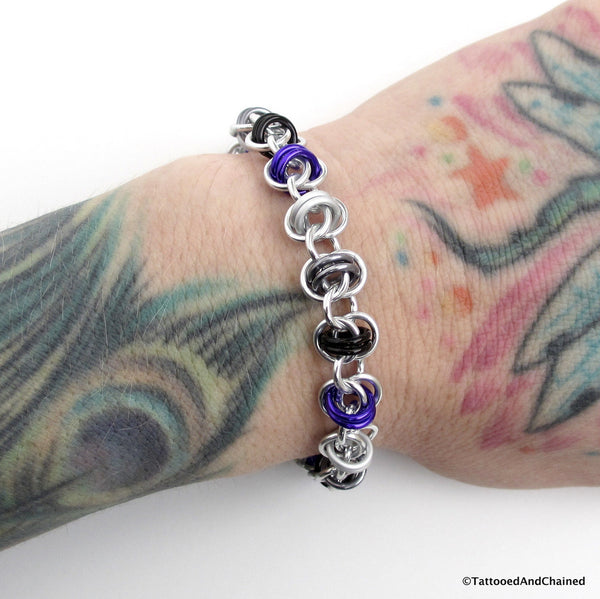 Asexual pride bracelet, chainmaille barrel weave - Tattooed and Chained Chainmaille  - 3