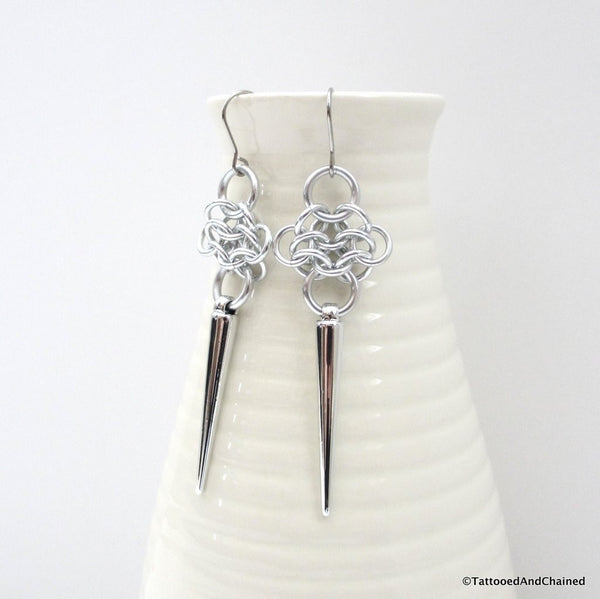 Rosette chainmaille earrings with silver spikes - Tattooed and Chained Chainmaille  - 2