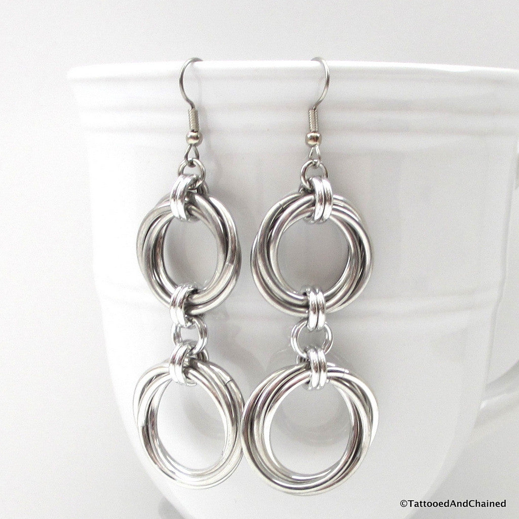 Double love knot chainmaille earrings - Tattooed and Chained Chainmaille  - 1