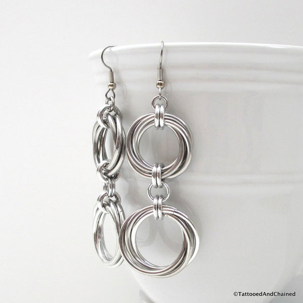 Double love knot chainmaille earrings - Tattooed and Chained Chainmaille  - 3