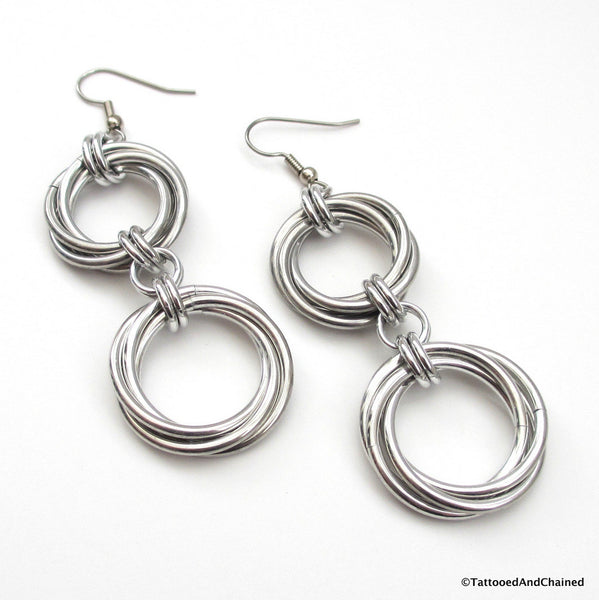 Double love knot chainmaille earrings - Tattooed and Chained Chainmaille  - 4