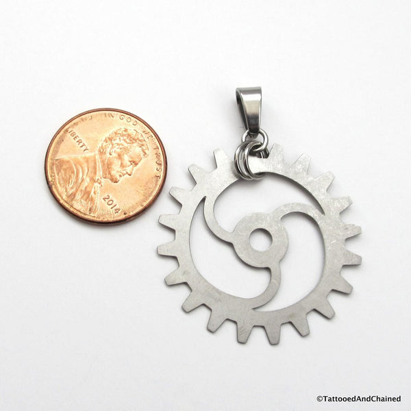 Steampunk gear pendant, 3 spoke spiraled gear - Tattooed and Chained Chainmaille  - 3