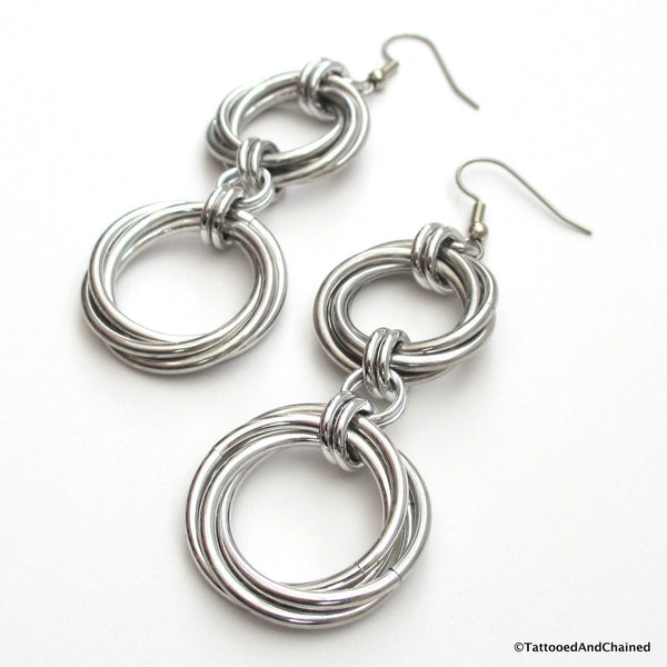 Double love knot chainmaille earrings - Tattooed and Chained Chainmaille  - 5
