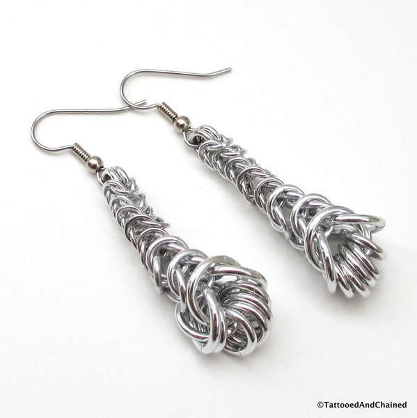 Graduated chainmaille box chain earrings - Tattooed and Chained Chainmaille  - 4