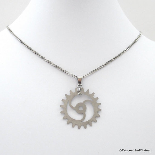 Steampunk gear pendant, 3 spoke spiraled gear - Tattooed and Chained Chainmaille  - 5