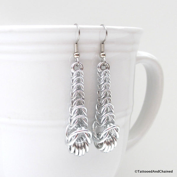 Graduated chainmaille box chain earrings - Tattooed and Chained Chainmaille  - 5