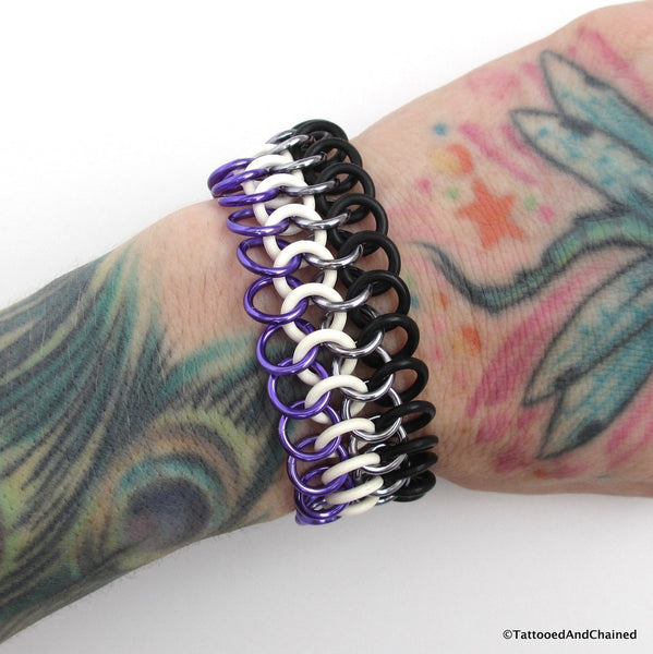 Ace pride stretchy bracelet, chainmaille Euro 4 in 1 - Tattooed and Chained Chainmaille  - 1