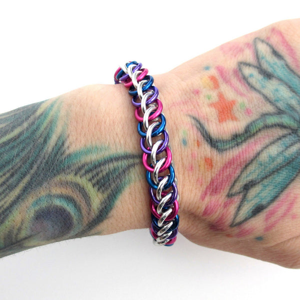 Bi pride bracelet, chainmaille half Persian 3 in 1 weave - Tattooed and Chained Chainmaille  - 3
