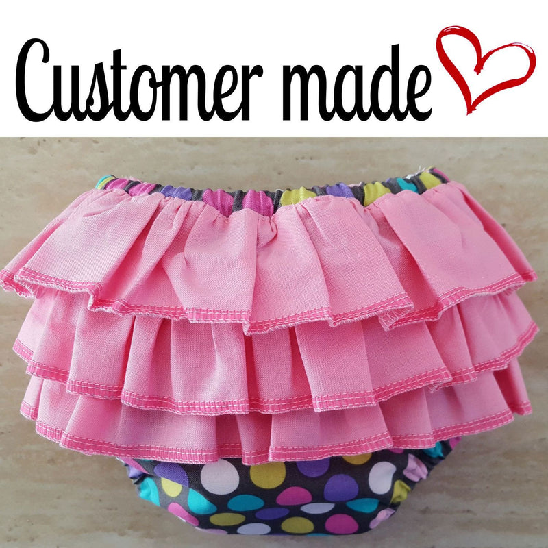 MammaCanDoIt Sewing Pattern Ruffled Diaper Cover Pattern