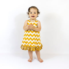 MammaCanDoIt Sewing Pattern Pinafore Dress Pattern | Reversible with Ruffles