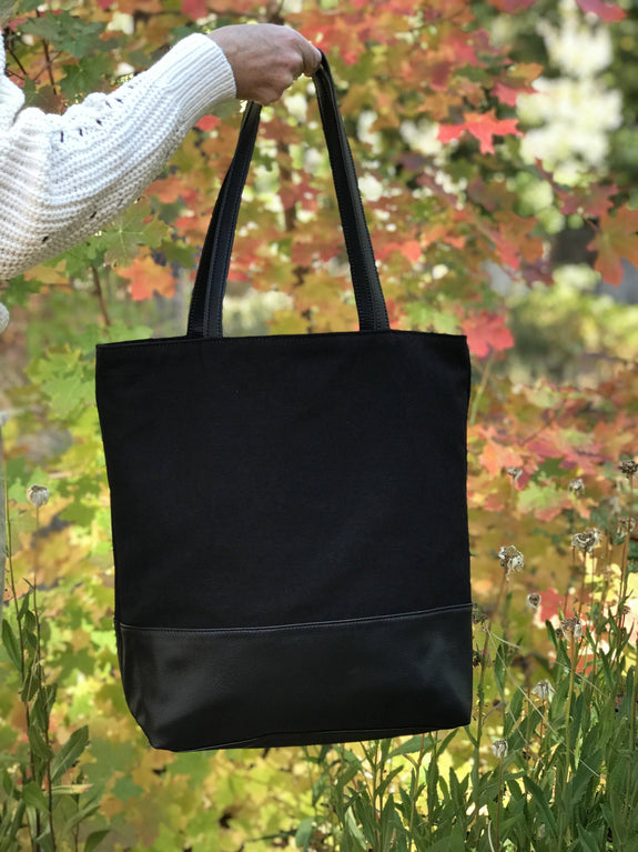 Luxury Vegan Leather Tote Bags- Designer Accessory for Women