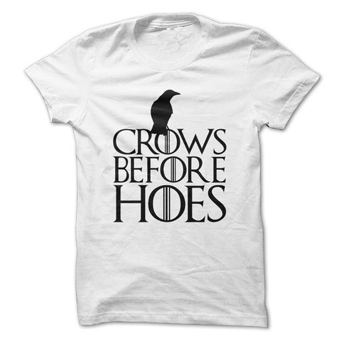 Camiseta Game of Thrones Crows Before Hoes masculina / branca /