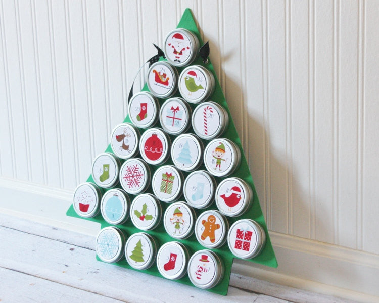 Reusable Christmas Advent Calendar with Tree Magnet Board 1