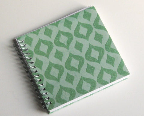 small-coupon-organizer-with-14-pockets-pre-printed-labels-included-green-sparkles-on-green