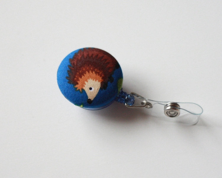 badge reel id holder hedge hog