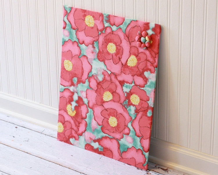 fabric-covered-magnet-board-16-inch-x-20-inch-covered-in-poppies-on-light-blue