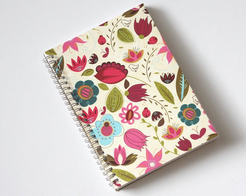 large-coupon-organizer-with-14-pockets-pre-printed-labels-included-bright-wild-flowers
