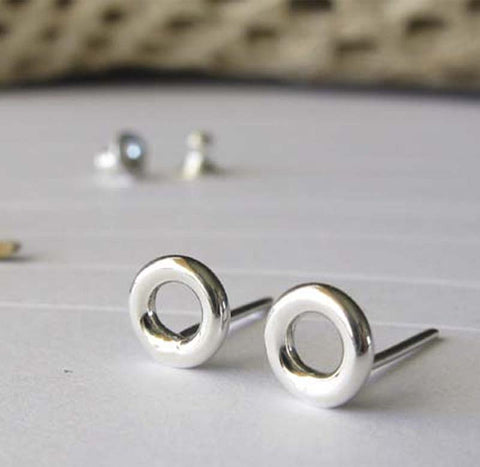 Sterling Silver polished circle earrings