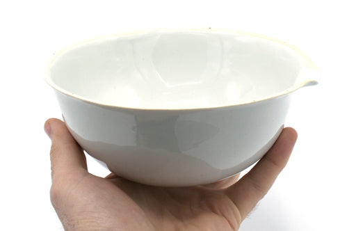 "850mL capacity, Round Evaporating Dish with Spout - Porcelain - 6"" Outer Diameter, 2.6"" Tall"