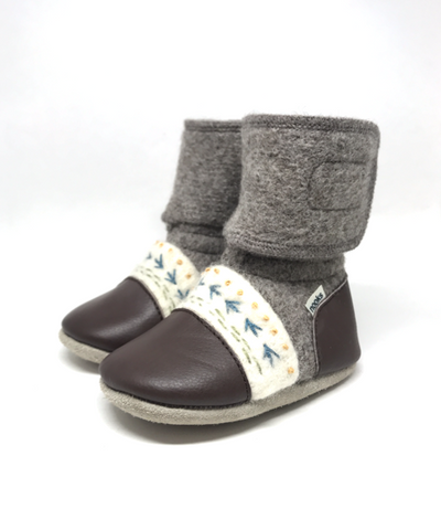 Nooks-Embroidered Felted Bootie- Caribou