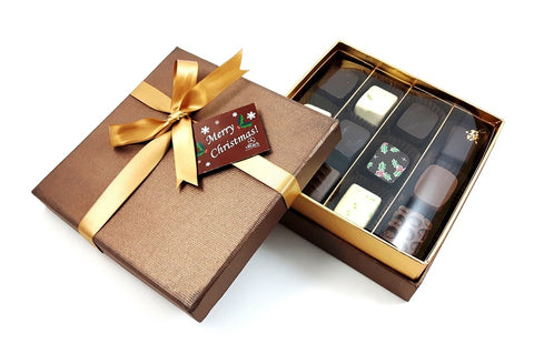 """gouden"" bonbondoos Van Velze's Amsterdam. Luxury Chocolate gifts Amsterdam, Golden Chocolate gift box"