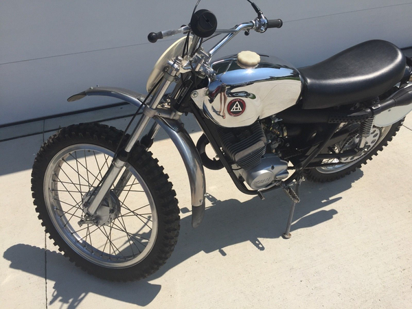 Vintage 1973 Hodaka Combat Wombat 125 Motorcycle Restored Beautiful!