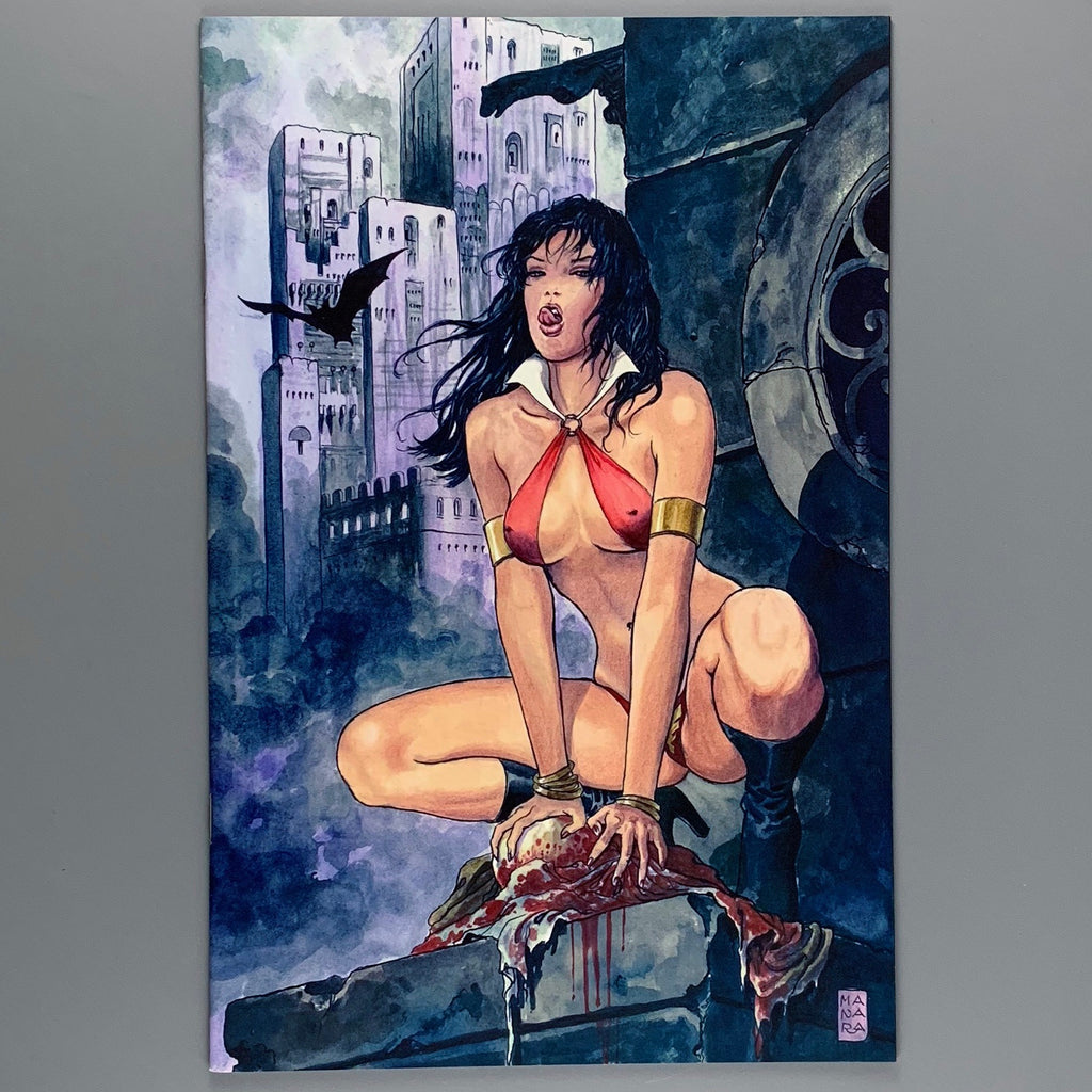 Vampirella Strikes 1 - Manara Virgin Variant