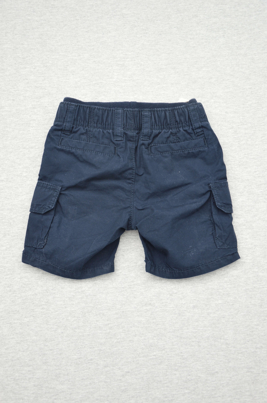 Gap - nearly new - navy cargo shorts, size 6-12m