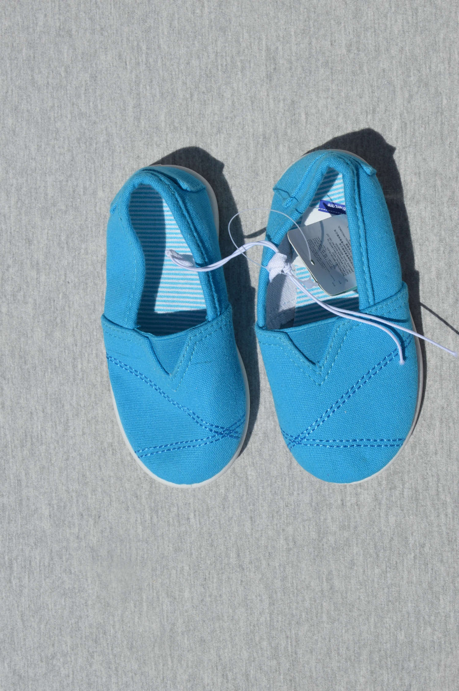 Mothercare - brand new - turquoise canvas plimsolls, size NZ 6