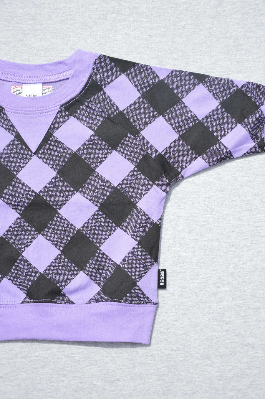 Bonds - nearly new - purple & black batwing lightweight top, size 3-6m