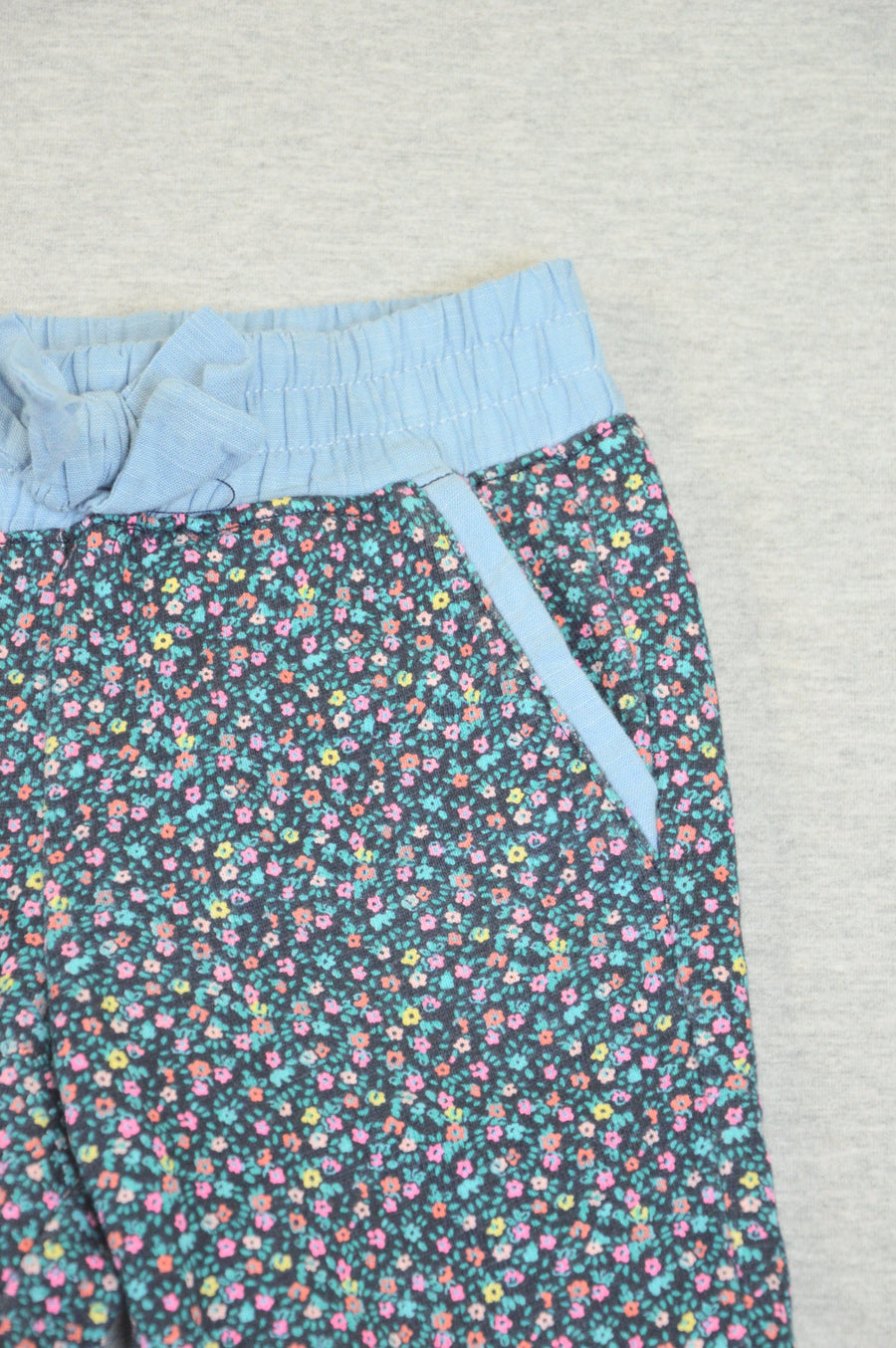 Gap - nearly new - floral track pants, size 24m