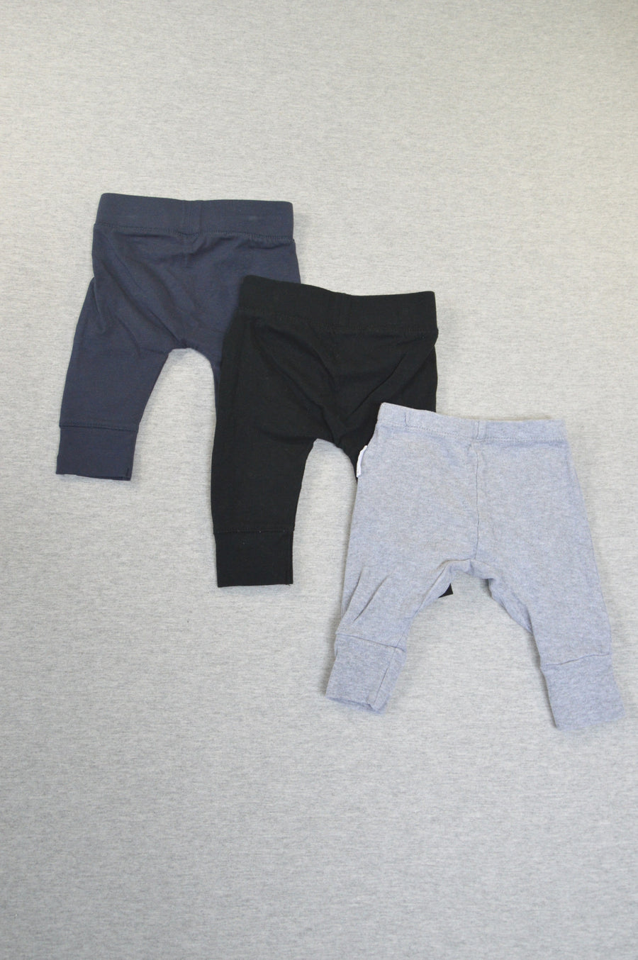 Cotton On & Purebaby organic 3 x grey, black & navy leggings, size 0-3m