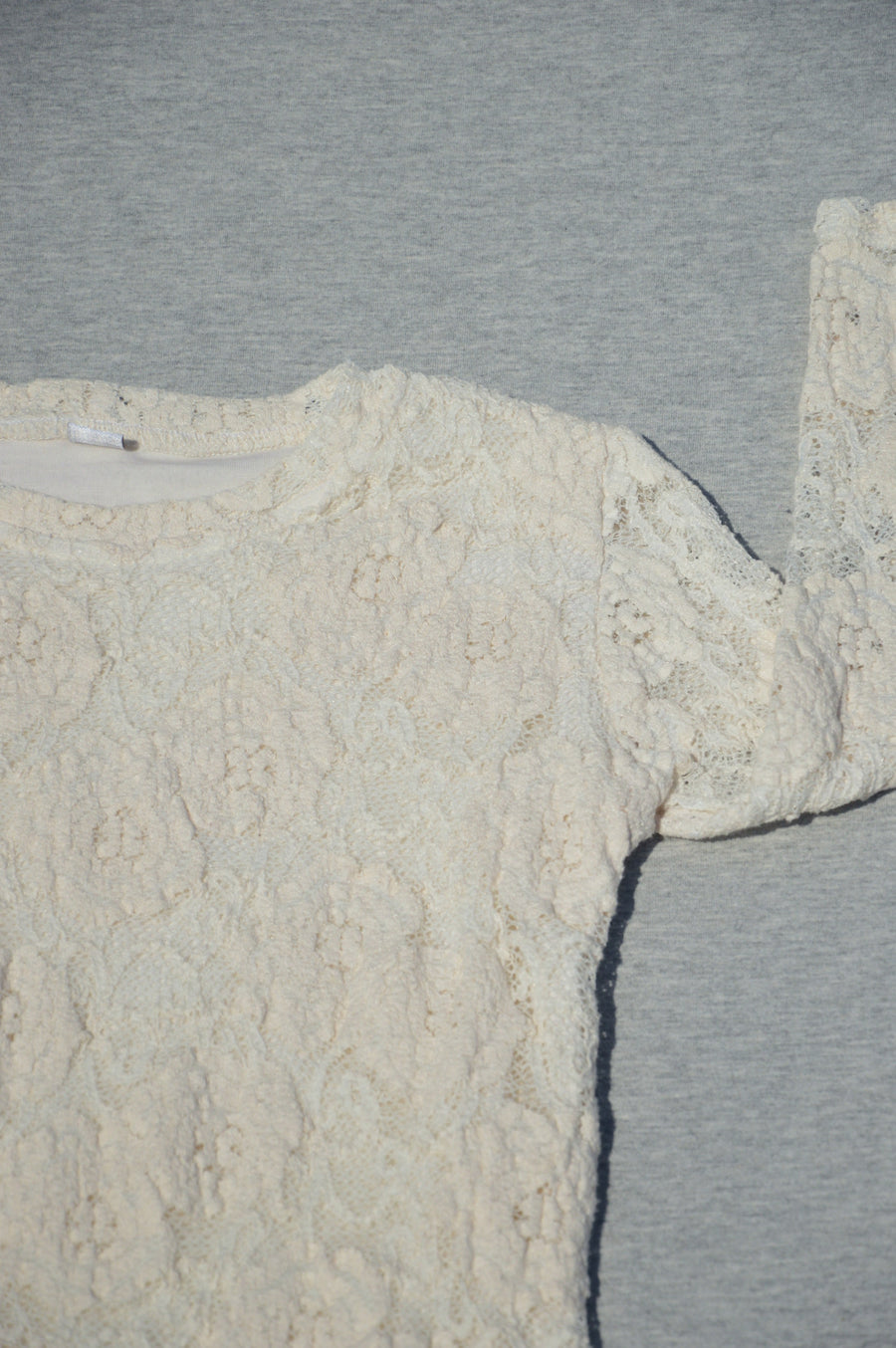 Best Nest cream lace long-sleeve top, size  4