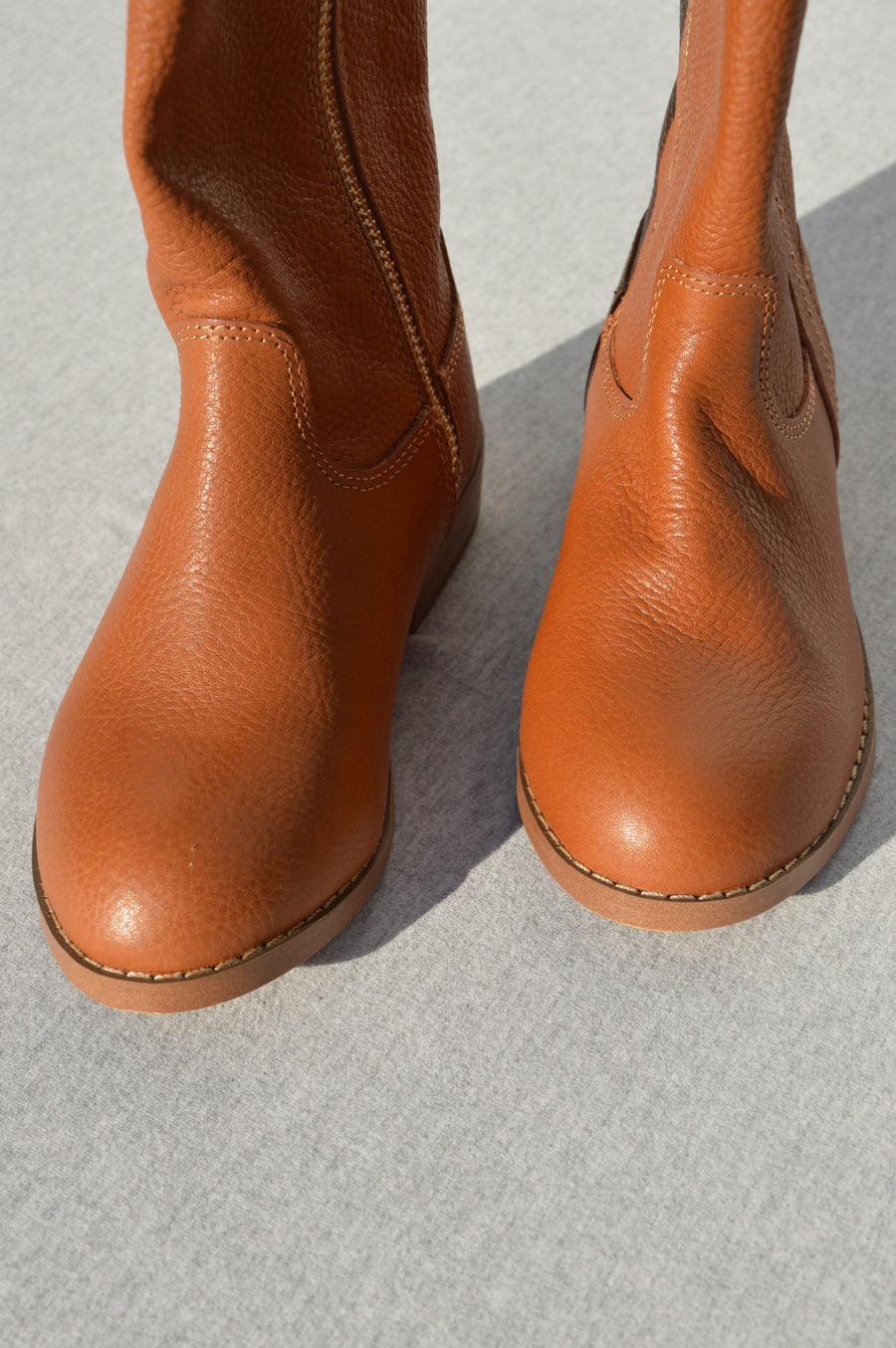 Country Road - brand new - tan leather boots, size NZ 10