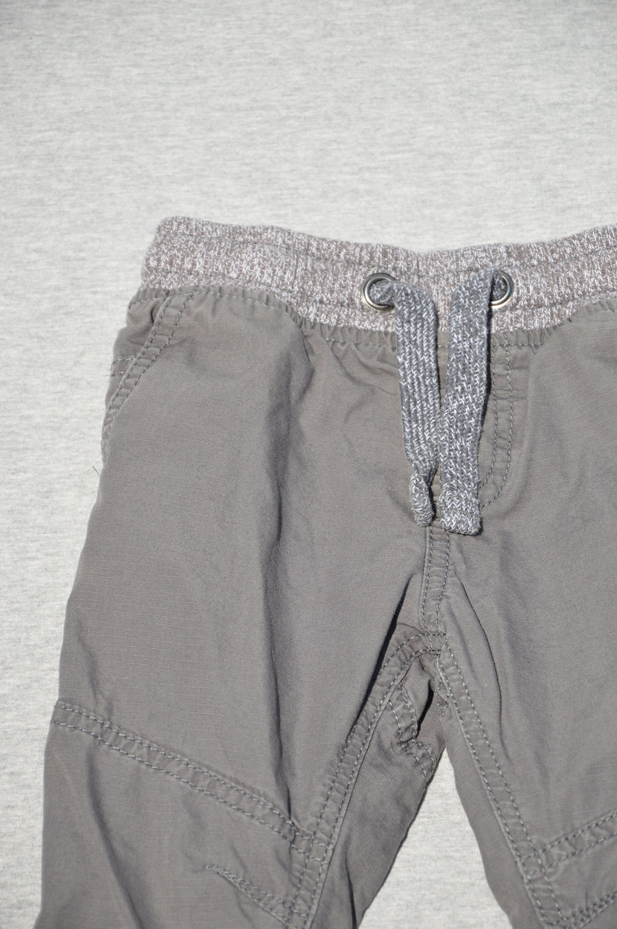 Marks & Spencer - nearly new - fully lined grey cargo pants, size 2-3